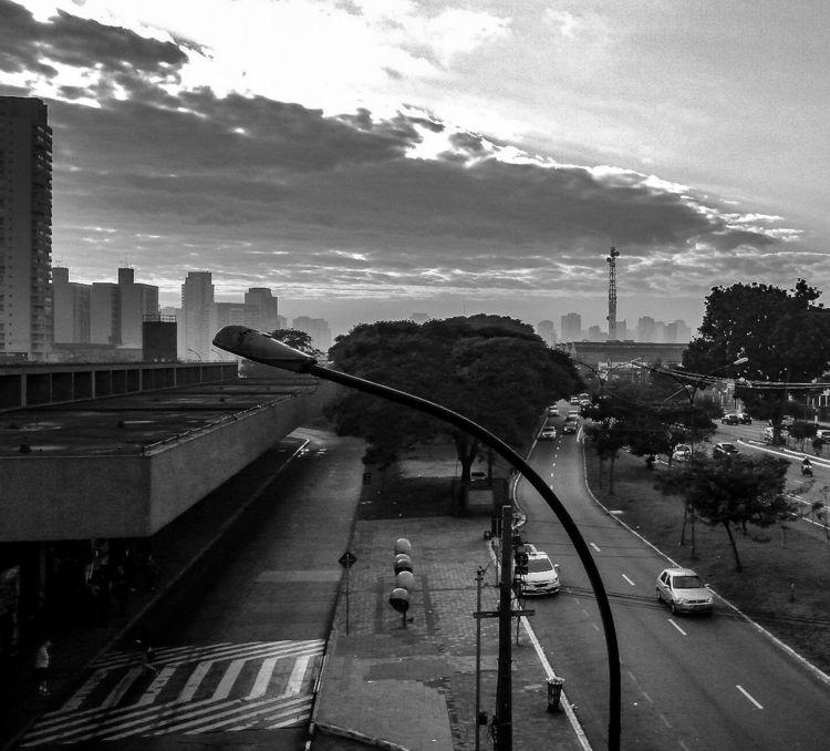 CLOUDY DAY - cloudy, bw, city, saopaulo - duenhas | ello