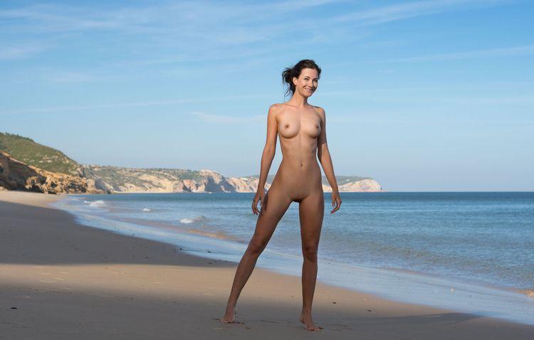 day beach - nudebeach, nudeinnature - sunflower22a | ello