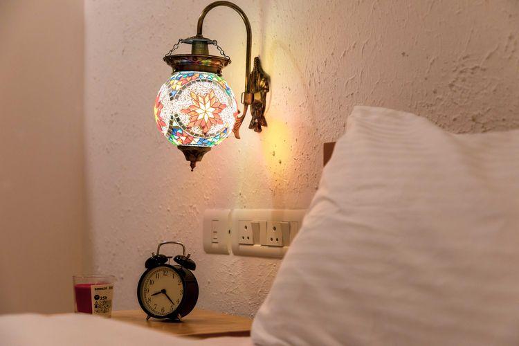 gave fun spin wall lamp bedside - oyoxdesign | ello