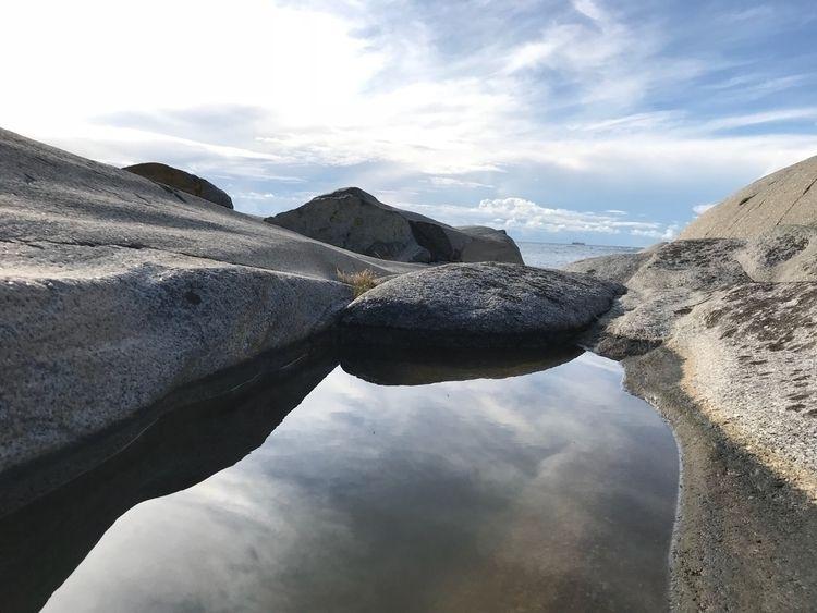 Discoveries island Norway - ear - vitne | ello