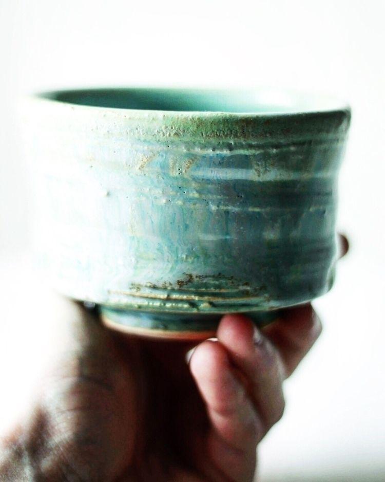 Attention details! oi#ellohandm - chrisswazie-ceramics | ello