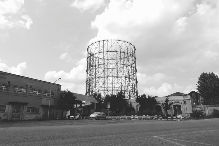 GAZOMETRO industrial architectu - noemilzn | ello