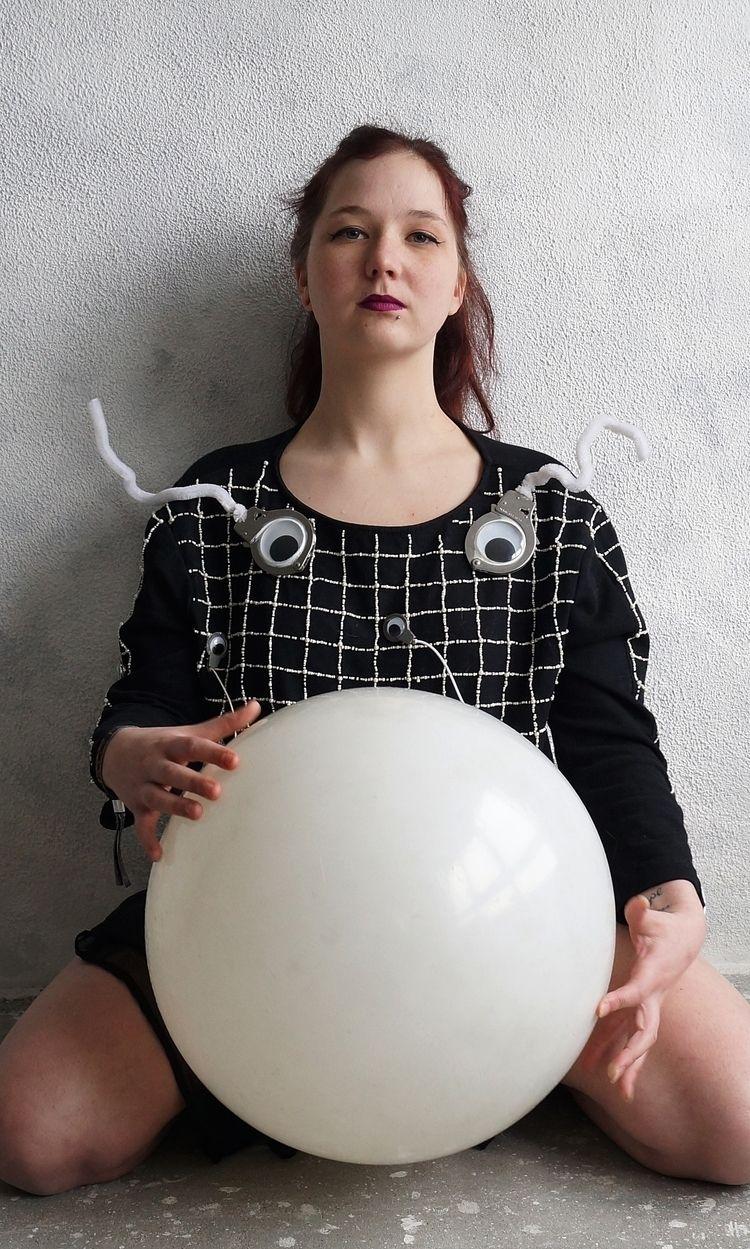 Global gulag sphere pearl black - frango_artist   ello