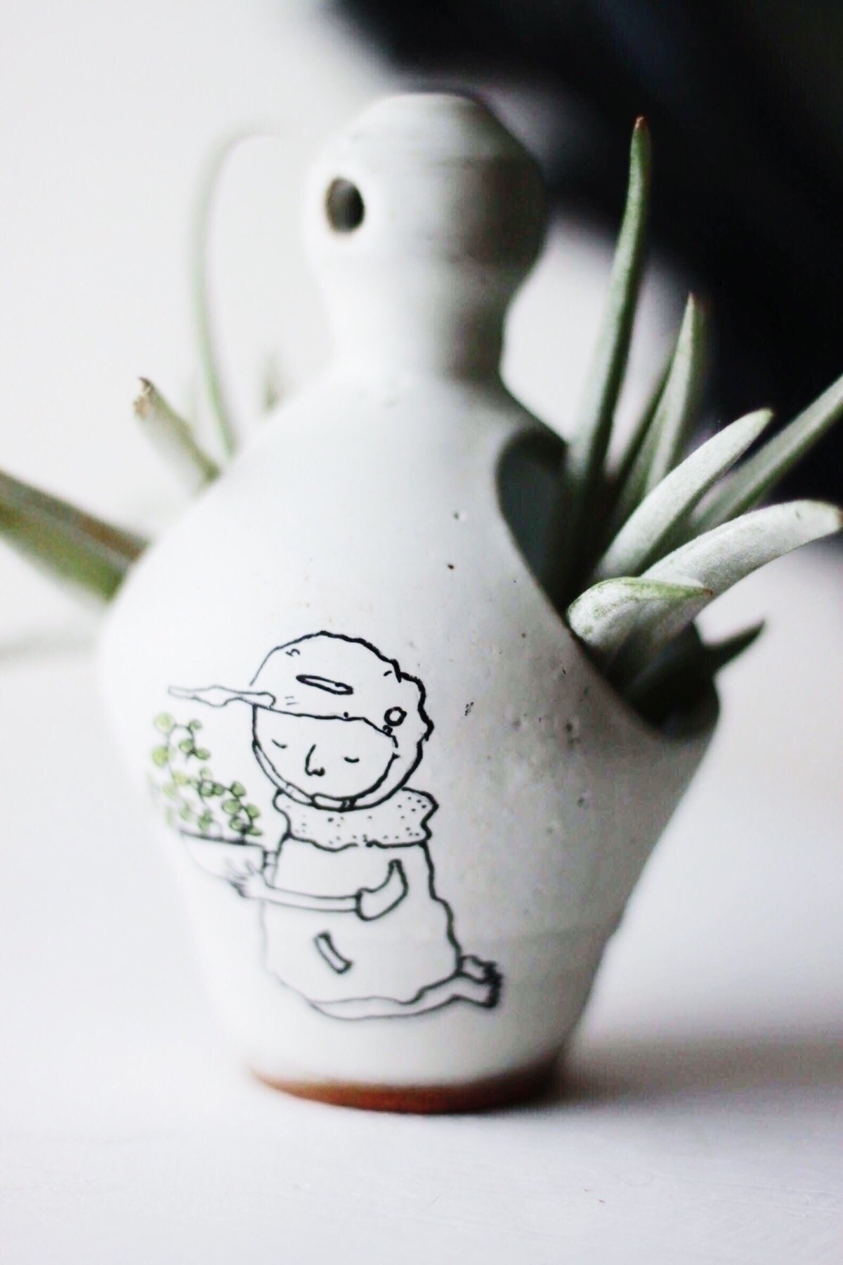 Ello! Giveaway time! Congrats W - chrisswazie-ceramics   ello