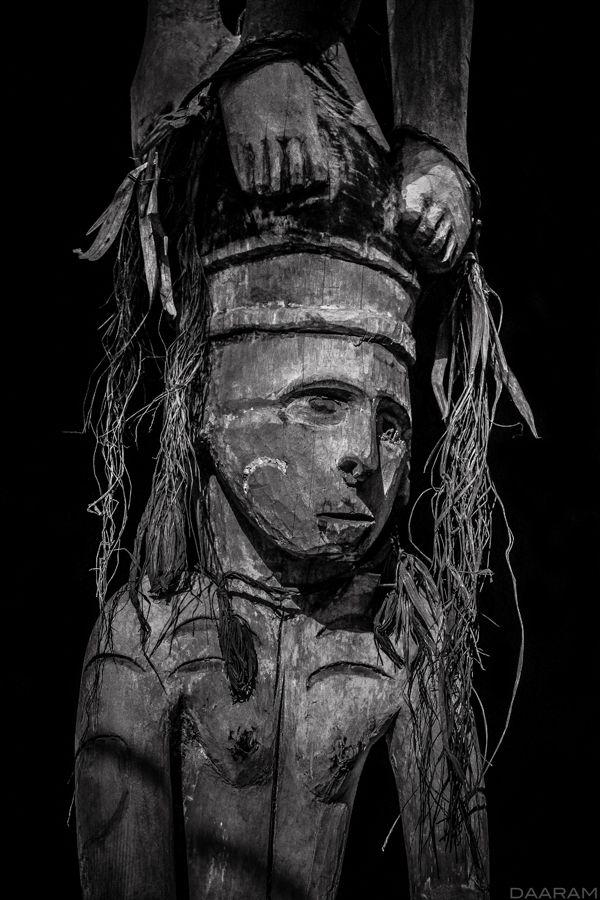 Ancestor pole: Study Mbitoro po - daaram | ello