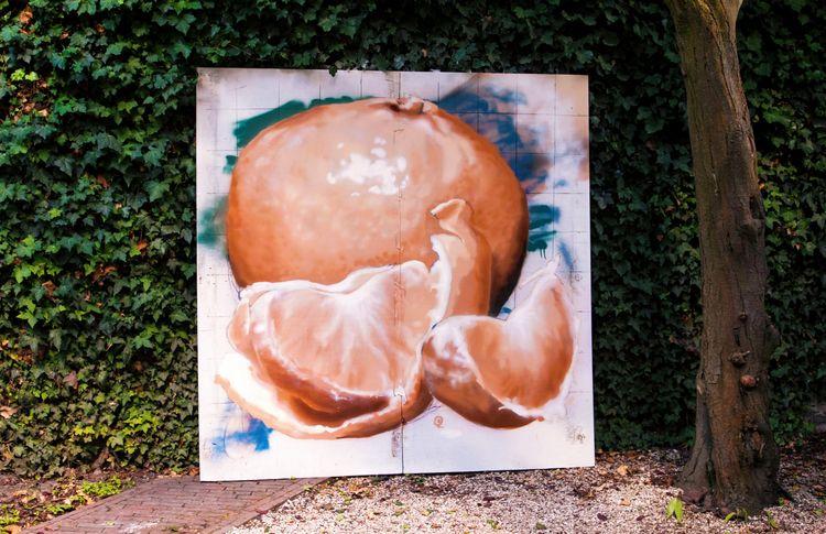 graffiti, aerosol - _mastaba_ | ello
