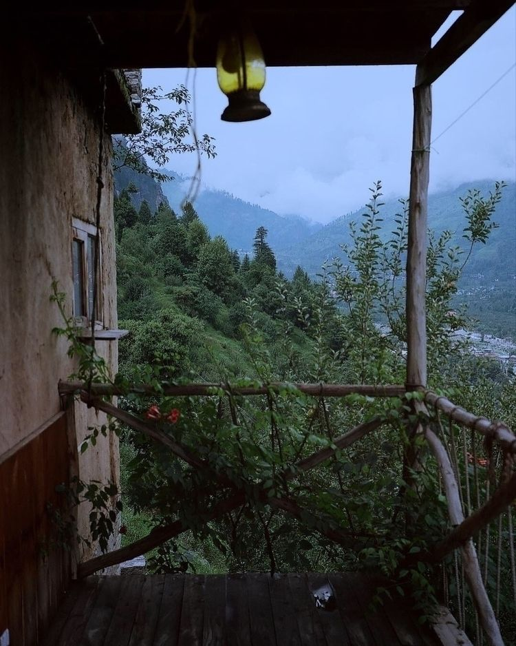 follow Instagram account though - alexandrascotch | ello