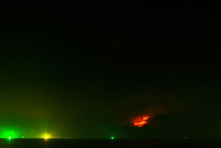 fire sky hunting Thailand Hin - stars - christofkessemeier | ello