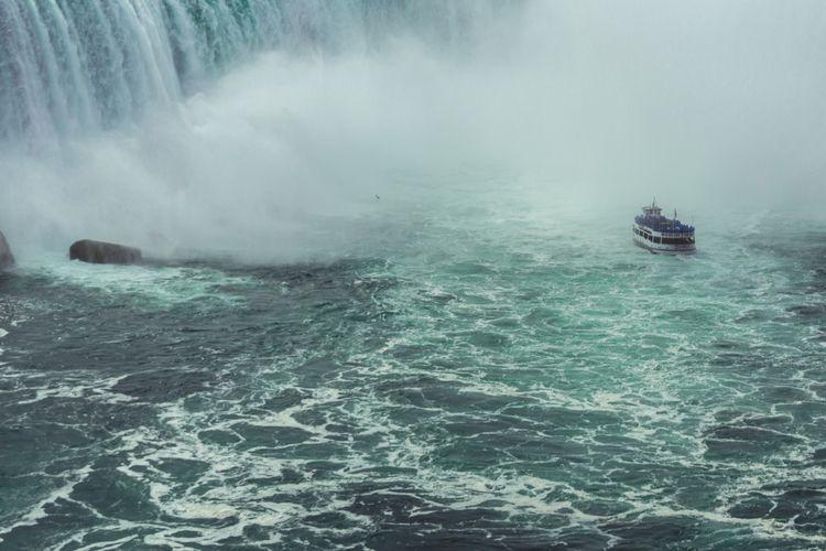 Niagara Falls, Ontario, Canada - acellistandhiscamera | ello