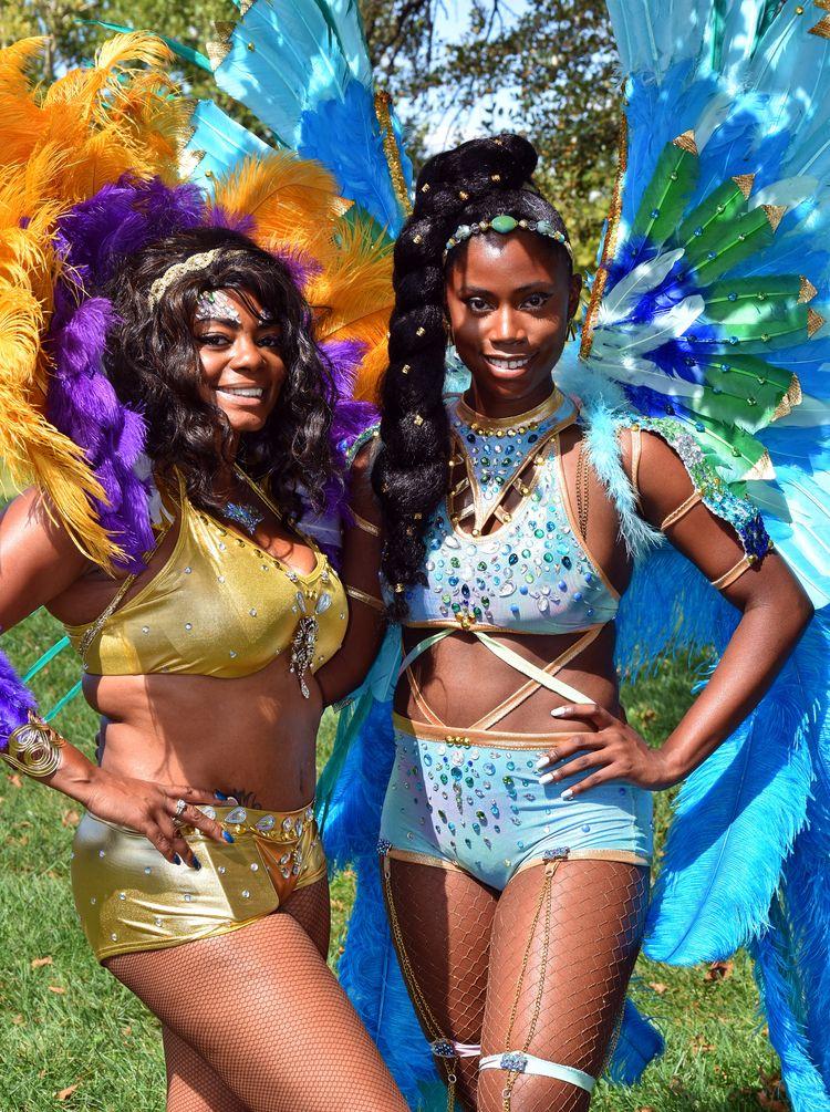 Young women Caribbean festival - chetkresiak | ello