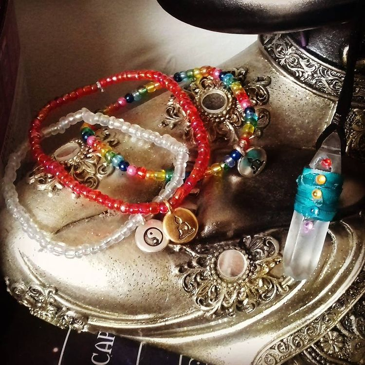 Working yoga jewelry ♡ - ellojewelry - ruthohaganartist | ello