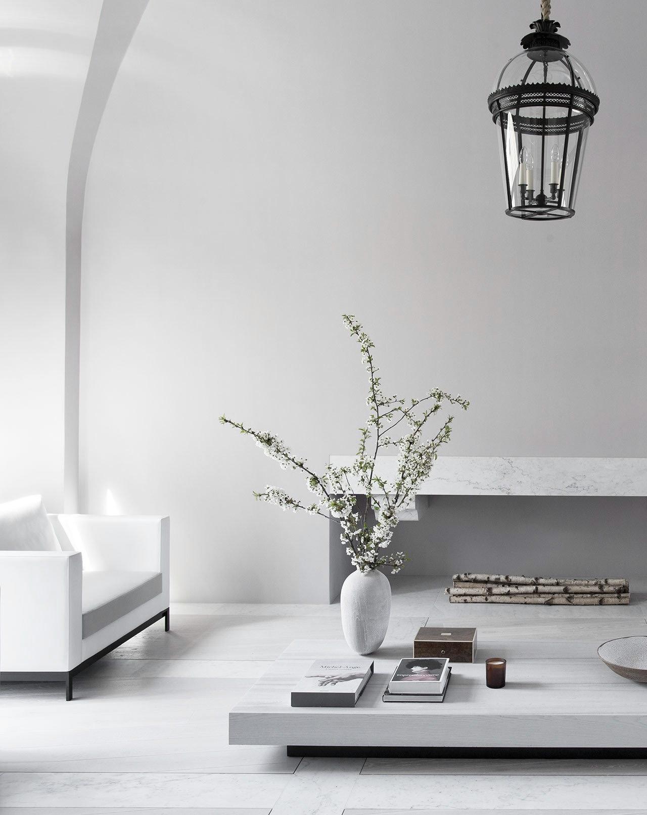 visit Paris wonderfully elegant - minimalissimo | ello