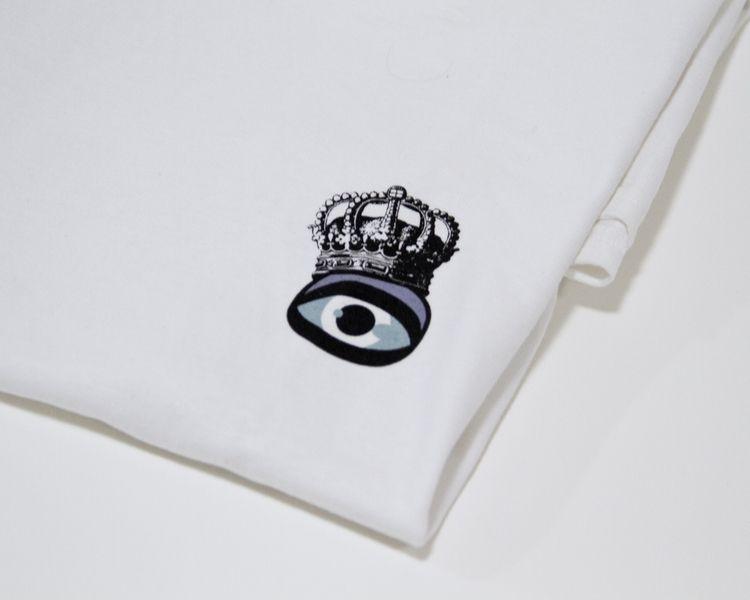 'Awareness King' Tee webstore - theartofchase | ello