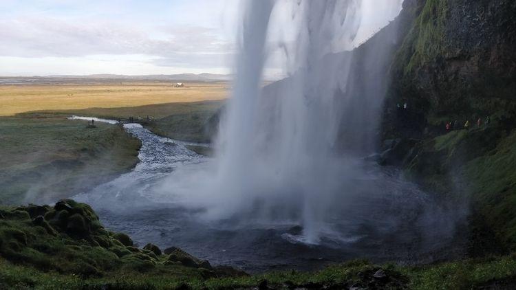 iceland, nature, waterfalls - leonneke | ello