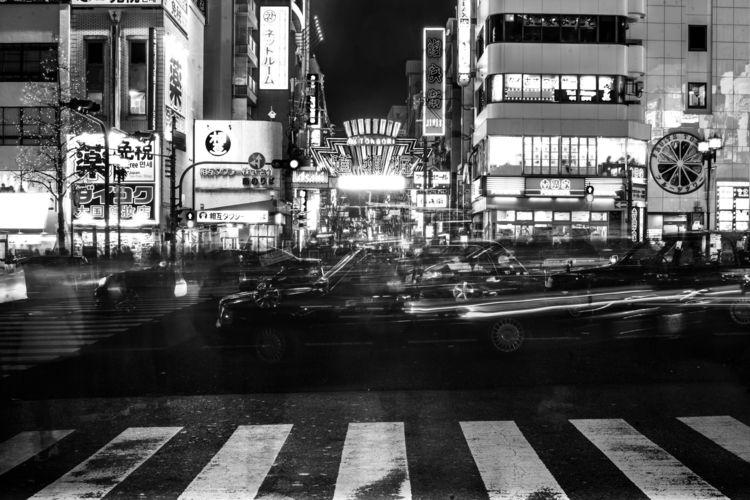 大阪市 - Osaka nights black white  - ilanderech | ello