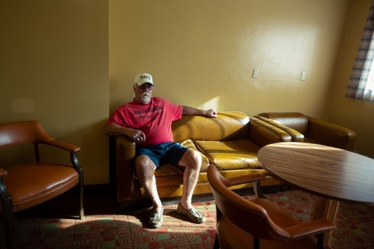 Dad Travelodge Lounge. Kanab, U - tchickphoto | ello