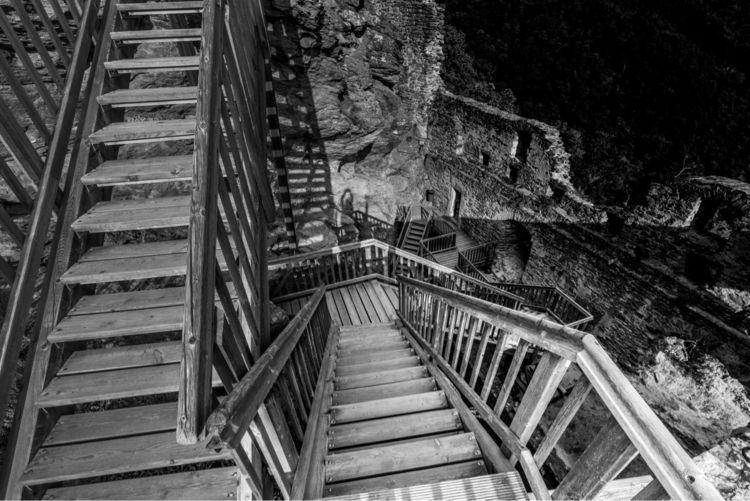 stairs, wood, illusion, bw, monochrome - pixtarami | ello