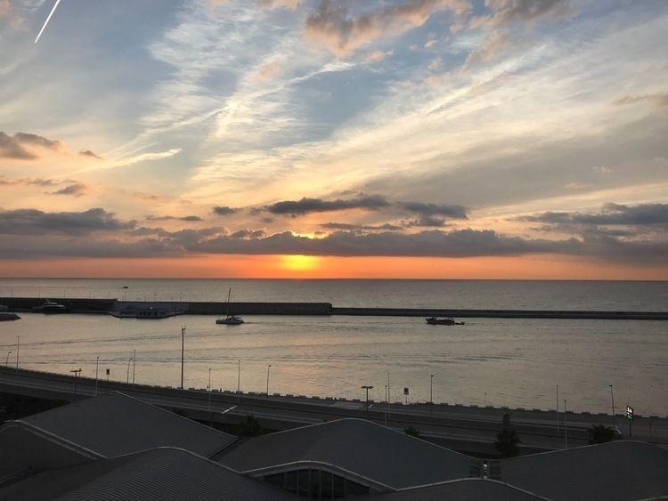 Final stop Sun rise Barcelona - sunrise - paulgriffiths | ello