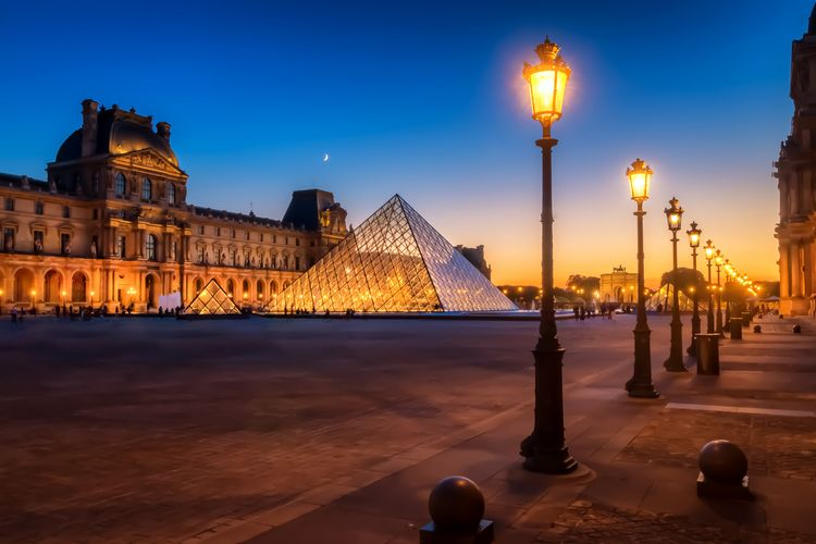 Night Louvre- Dusk Louvre Museu - davecurry8 | ello