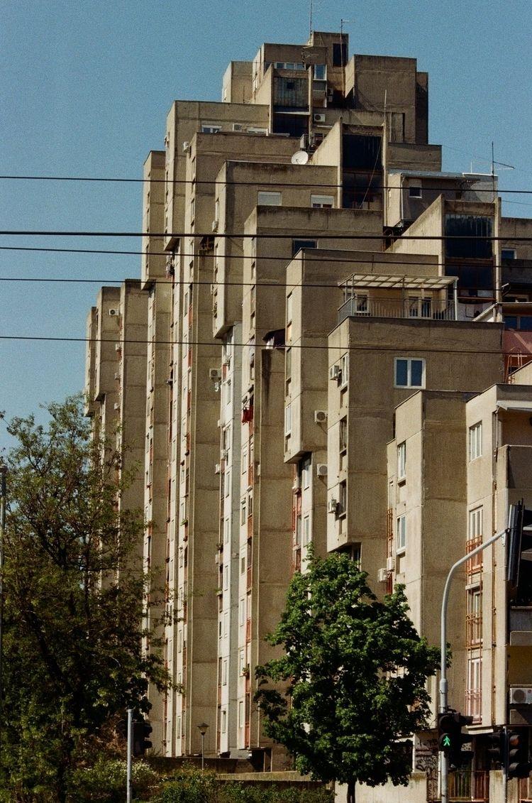 Nikon F3, Blok 64, Belgrade, Se - ljubitza | ello