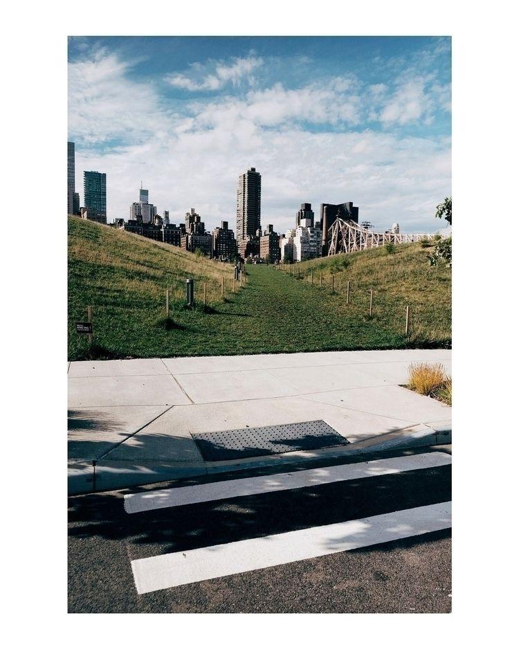 // Roosevelt Island - streetphotography - michaeljhenein | ello