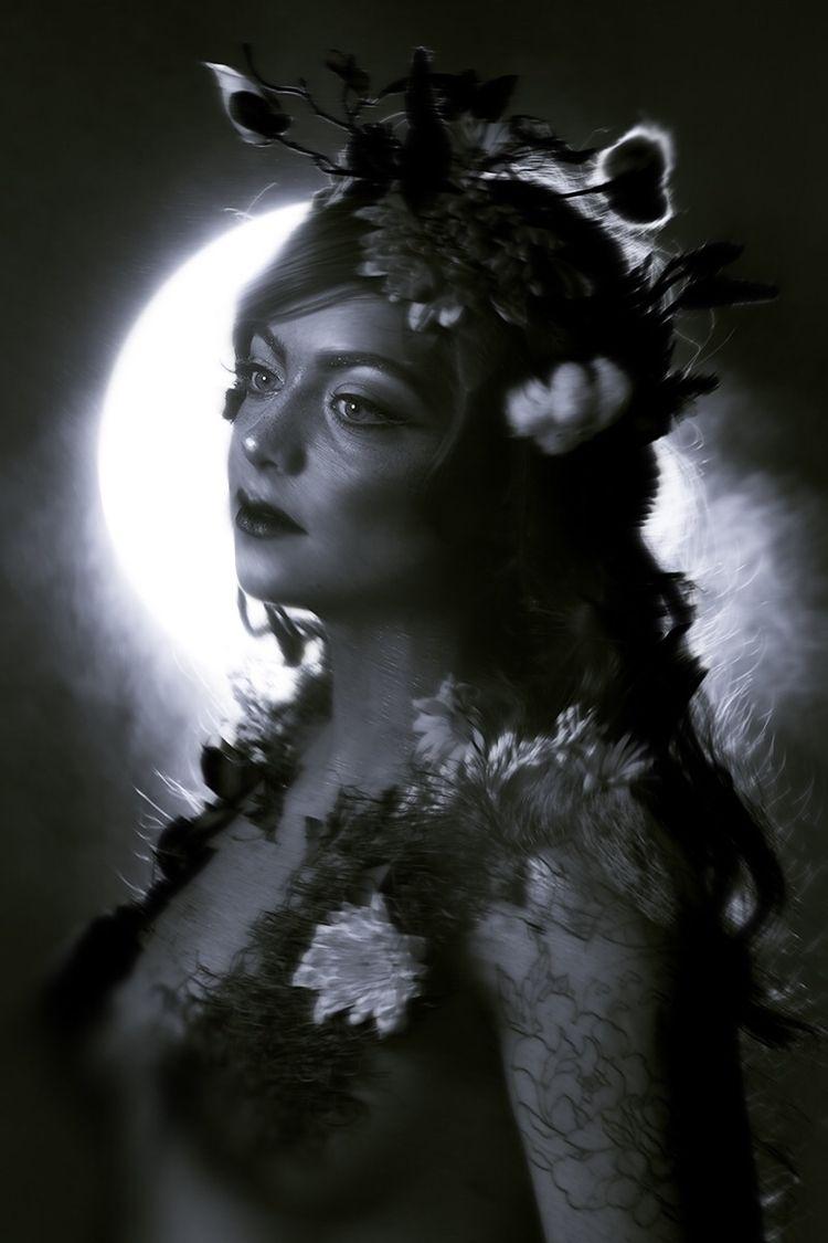 Photographer: Ginaya Jesmer Hai - darkbeautymag   ello