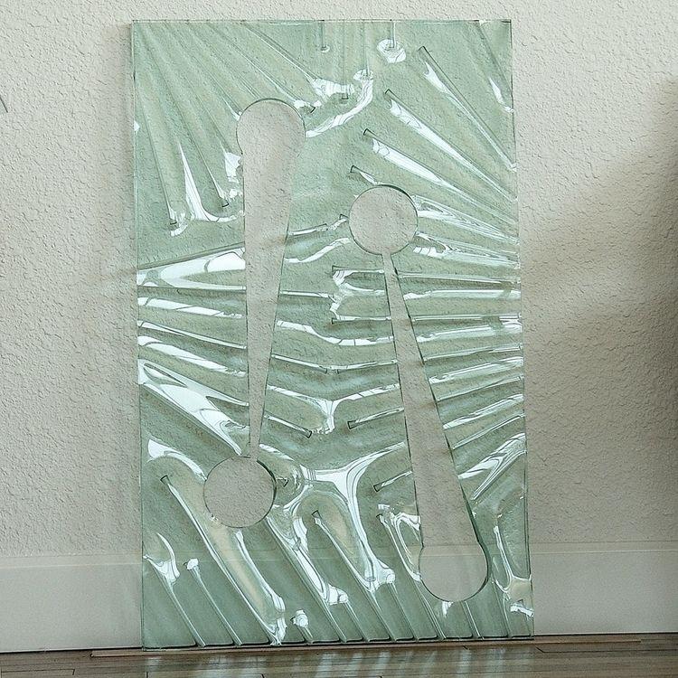 24x33 panel 3/4 thick Float Pla - thoskite | ello