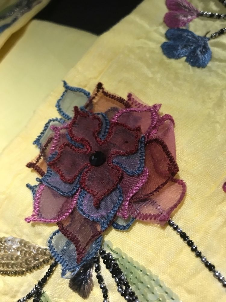 motifs fabrics. Floral season - sumeetsoni | ello