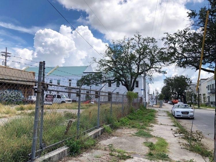 Orleans, LA August 2018 - iphone - nicomartinez | ello