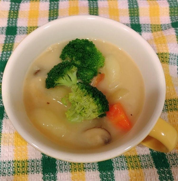 day :yum::stew::tropical_drink - mamimumemami | ello