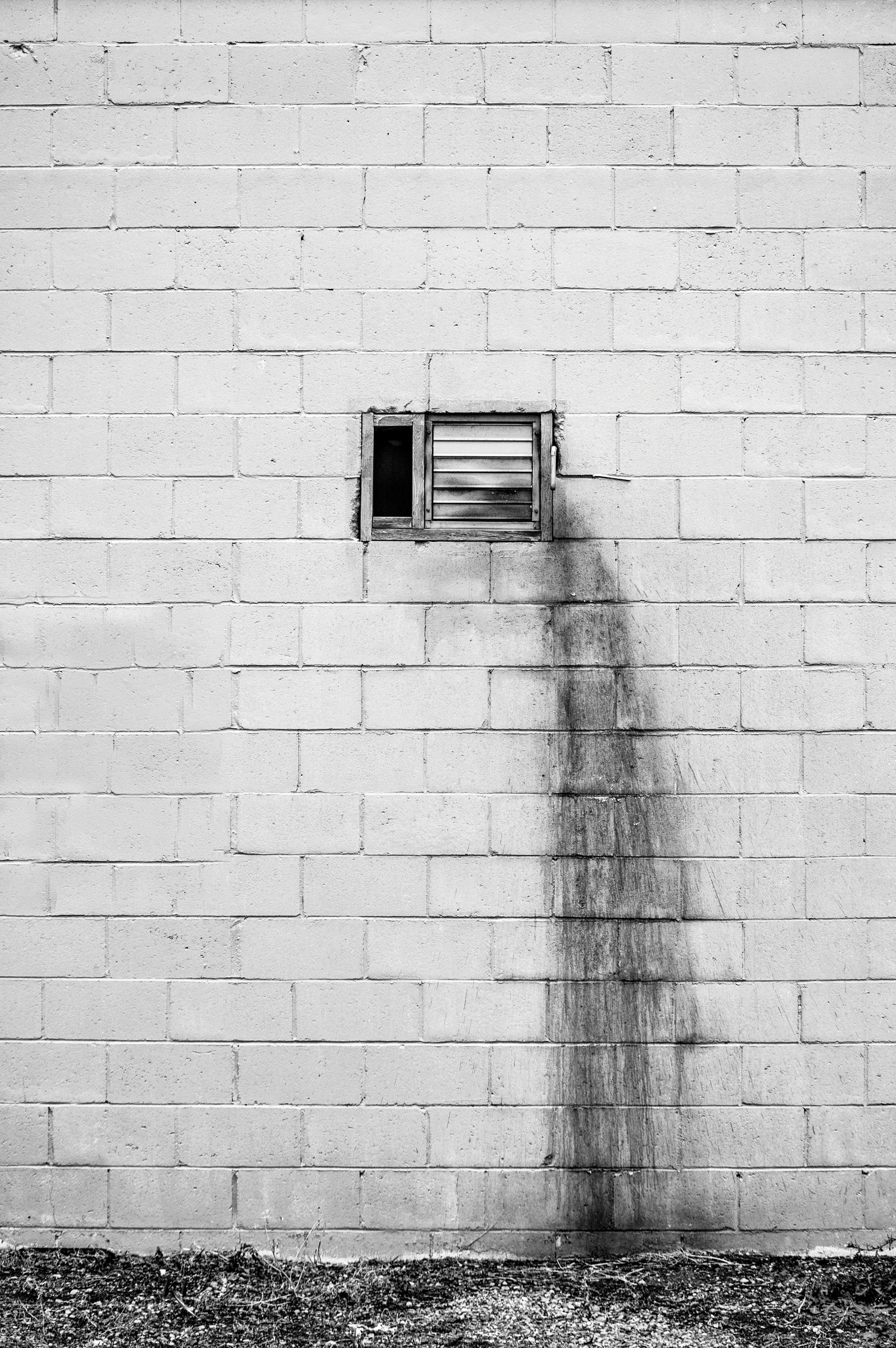Soiled... stain wall dry cleane - jeff_day | ello