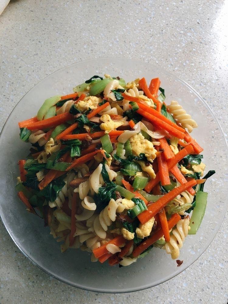 中式炒意面!nice - food, foodie, pasta - jansam | ello