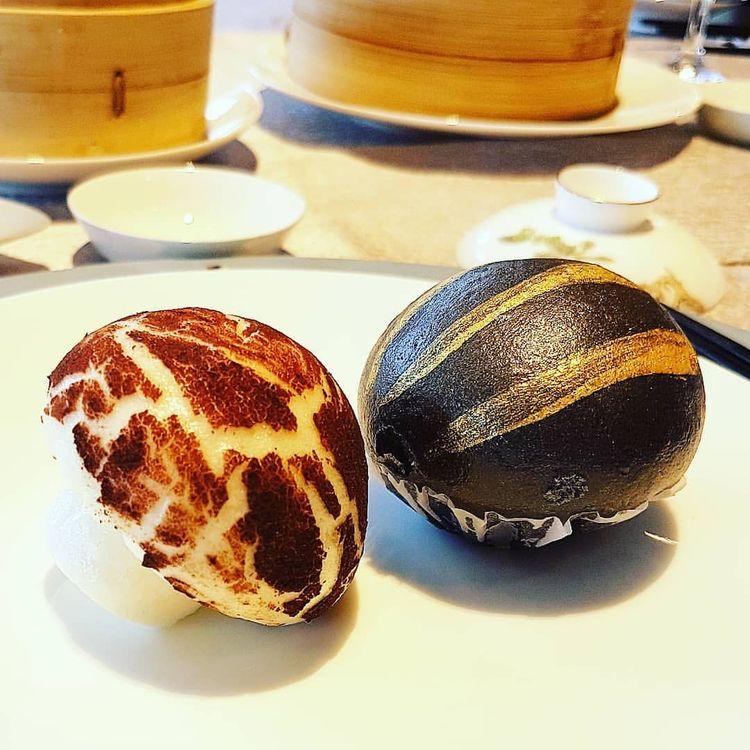 Mushroom Bun Black Gold Egg ooz - vicsimon | ello