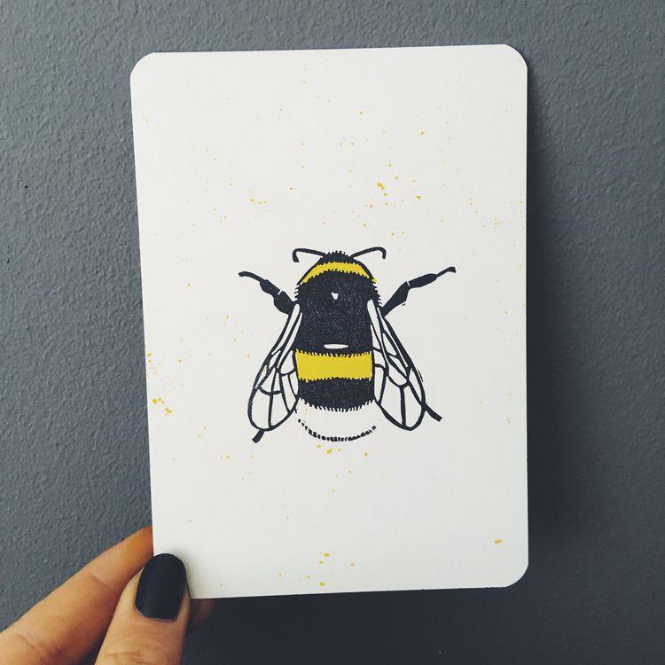 bee, bumblebee, lino, linocutting - studiomalu | ello