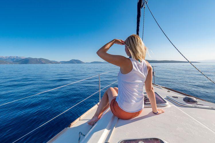 lets seasickness hinder joy Kom - belvaadeline | ello