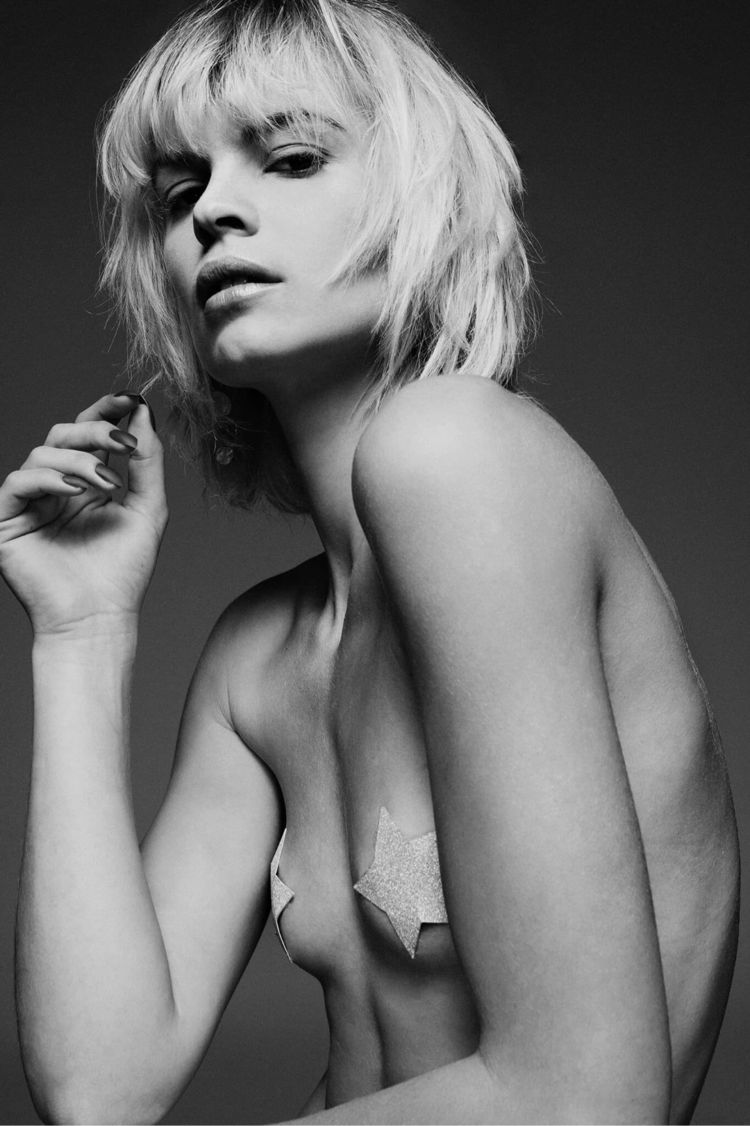Model Vicky Flag Models - studiophotography - fabriziodepatrephotographer | ello