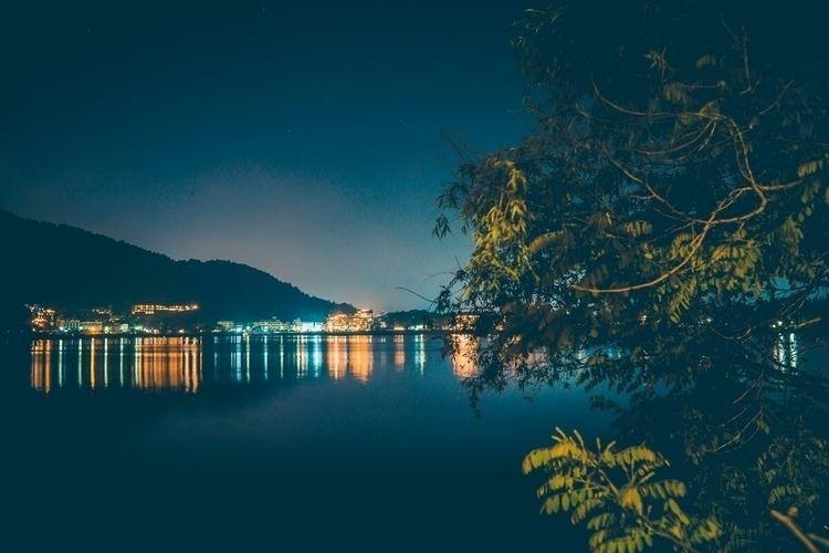 tree, lake, nice reflections li - fokality   ello