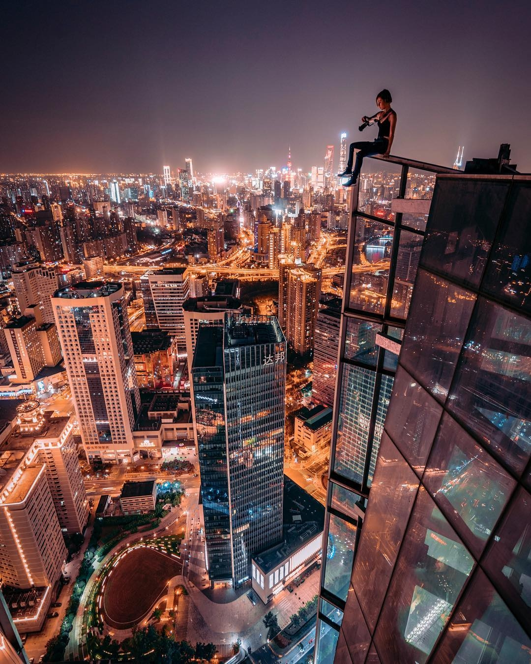 Outstanding Cityscape Rooftop P - photogrist   ello