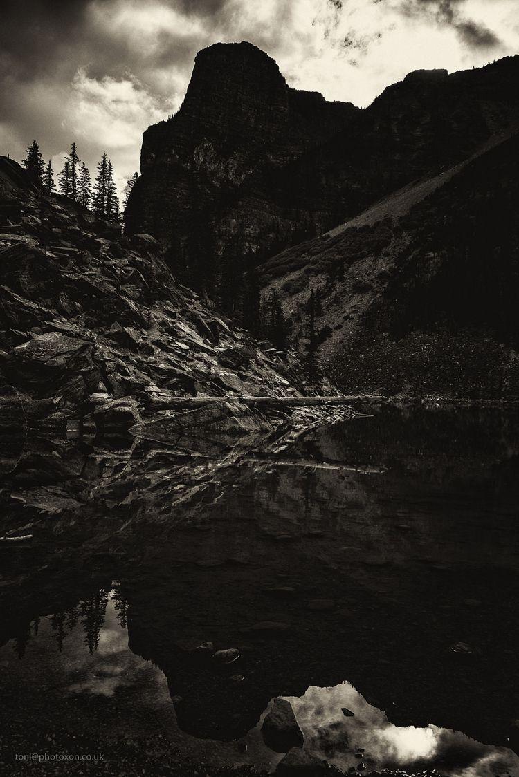 Lake Moraine, Banff, Canada 201 - toni_ertl | ello
