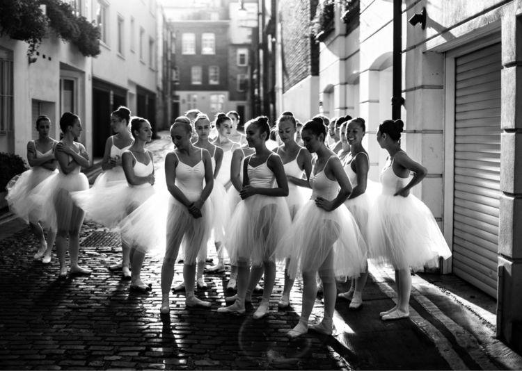 Ballerinas waiting  - ballerinas - jeffmoo | ello