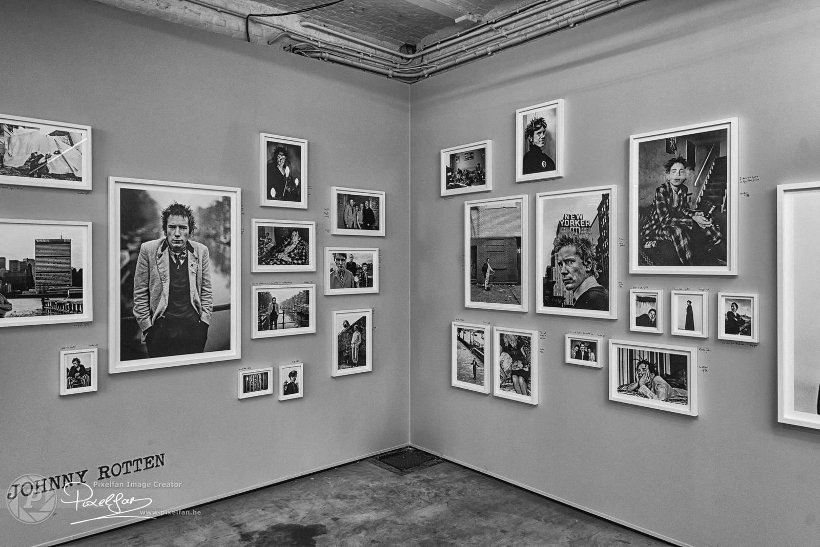 artists fans… pictures lens - AntonCorbijn - bisje | ello