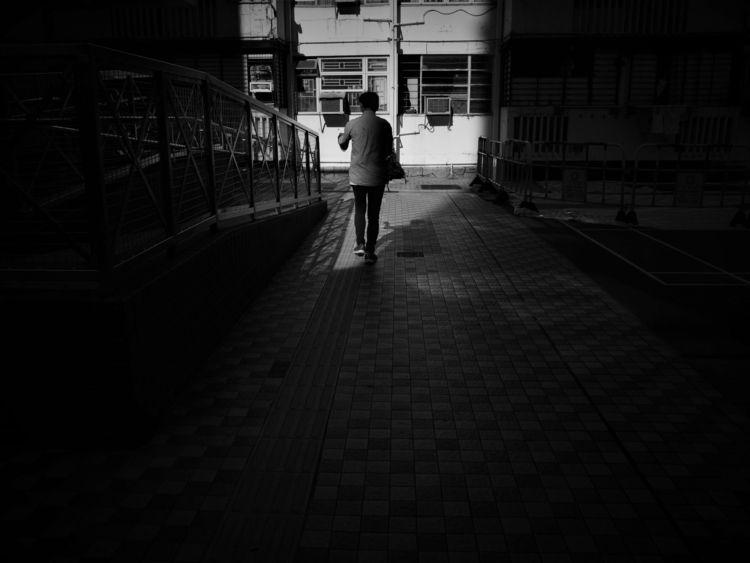 Street Capture - streetphotography - riskyliu_capture   ello