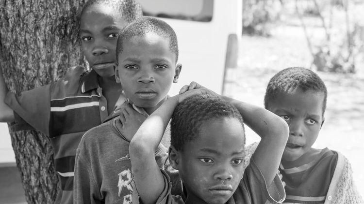 Port-au-Prince, Haiti   - internationaldevelopment - sr27pakbird   ello