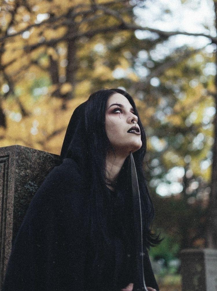 bring life - witch, sonyalpha, sonya7ii - colleensmorgan | ello
