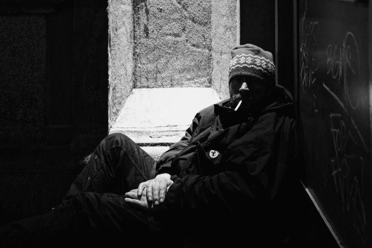 Gotta Light? FFM Jan. 2018 - streetphotography - thanospal | ello