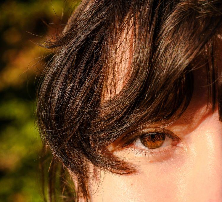 Love eyes - ricardonaut | ello