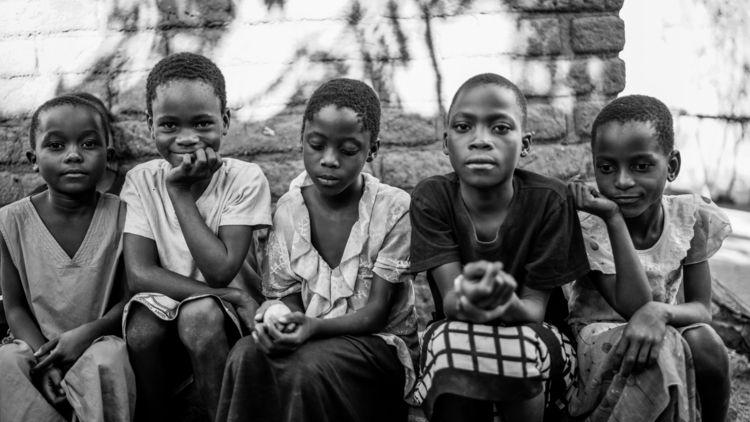 Blantyre, Malawi: Siblings | - picoftheday - sr27pakbird | ello