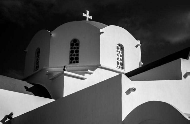 Church evening light - photography#blackandwhitephotography#architecture#dome - a2toz | ello