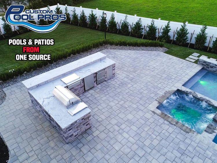 Custom swimming pool contractor - custompools   ello