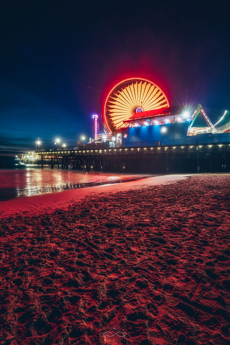 Fire Pier Sony A7RIII / 16-35 S - thrumyeyesphoto | ello